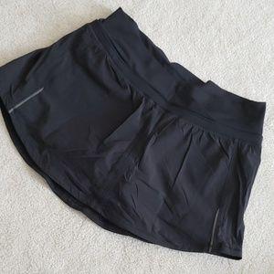 Lululemon skirt, size 6, EUC